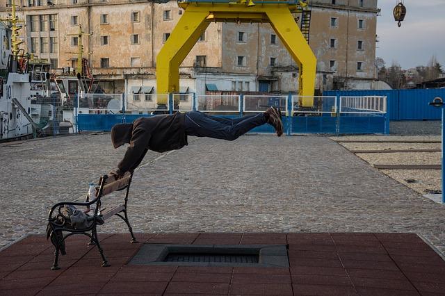 skok přes lavičku