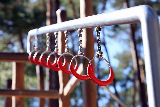 kroužky na tyči
