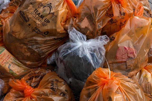 pytle s tříděným odpadem